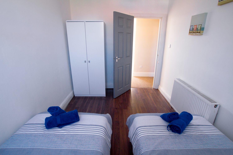 Victoria 24 Bedroom